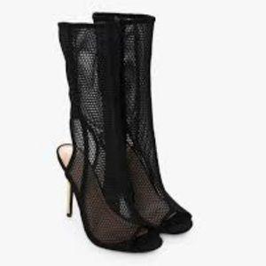 Black Mesh Shoe with Gold Heel